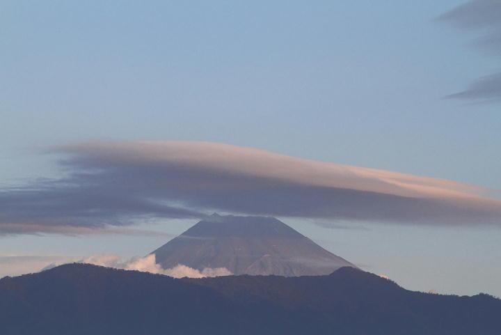 10月27日 6-27 今朝の富士山