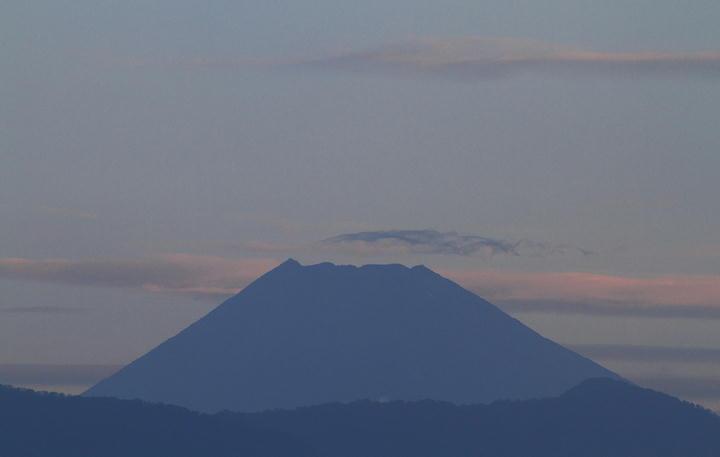 10月30日 6-14 今朝の富士山