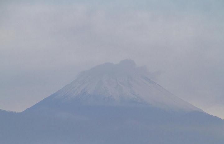 11月18日 6-42 今朝の富士山