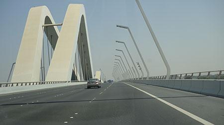 ドバイ2シェイクサイード橋1
