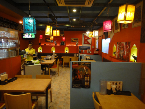 20151115SOLMARI_Nepal_restaurant-4.jpg