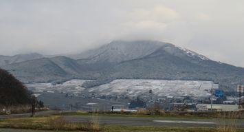 001山に雪