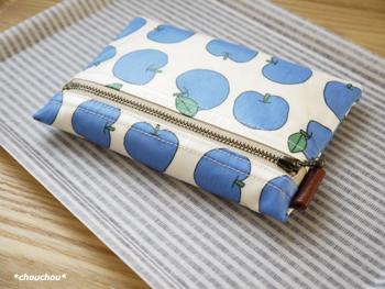 りんご ポーチ