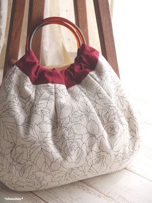 Retro rose 白 リングのバッグ カウプレ