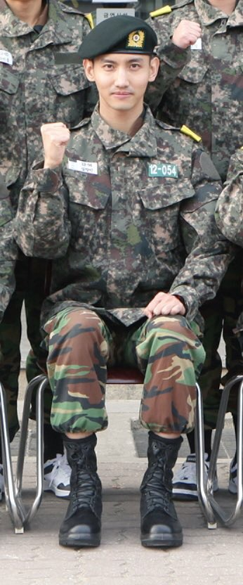 151124チャミ軍服写真