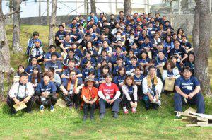 IMAG201604070辺野古で新入社員研修200人