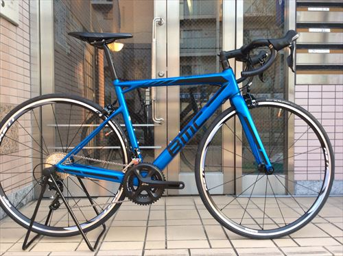 BMC2016-SLR02 105-blue-side
