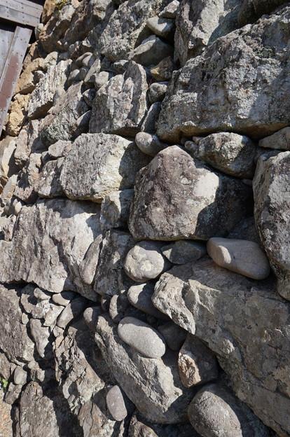 アンバランスの石垣