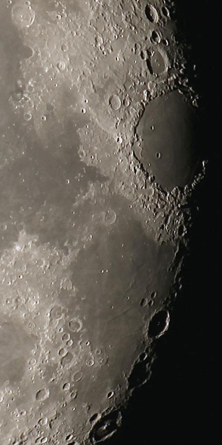 20151128-moon-100EDV-reg17s.jpg