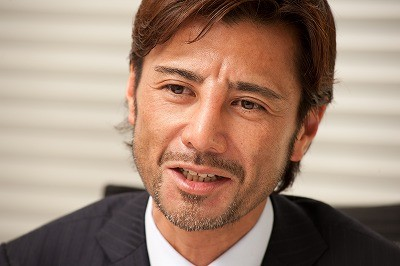 「報ステ」経歴詐称で降板のショーンKに触れず終了・川上伸一郎(ショーン・マクアードル川上)という熊本出身で高卒の整形詐欺師
