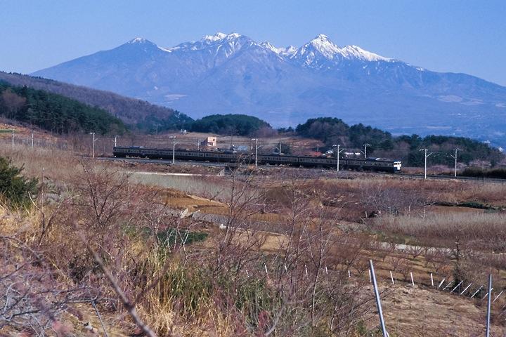 620405中央線新府-穴山間_115系普通列車_002