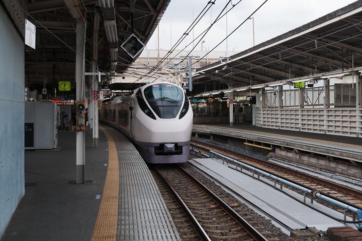 上野駅8番線201511