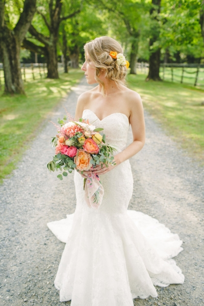 Breathtaking-Wedding-Bouquets-41.jpg