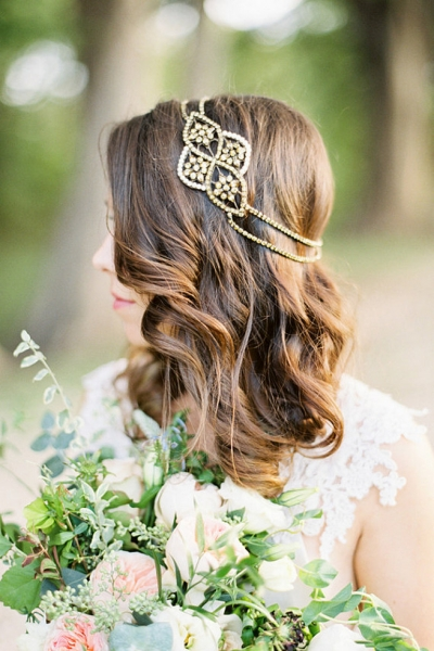 Romantic-Vintage-Inspired-Bridal-Headpieces-10.jpg