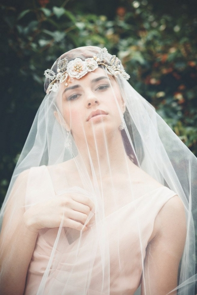 Romantic-Vintage-Inspired-Bridal-Headpieces-12.jpg
