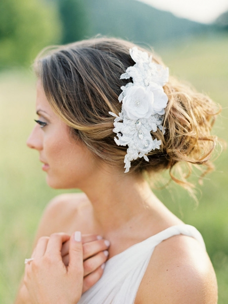 Romantic-Vintage-Inspired-Bridal-Headpieces-3.jpg
