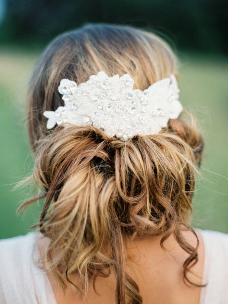 Romantic-Vintage-Inspired-Bridal-Headpieces-6.jpg