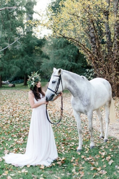 mysterious-fairytale-fall-wedding-inspiration-10-500x749.jpg