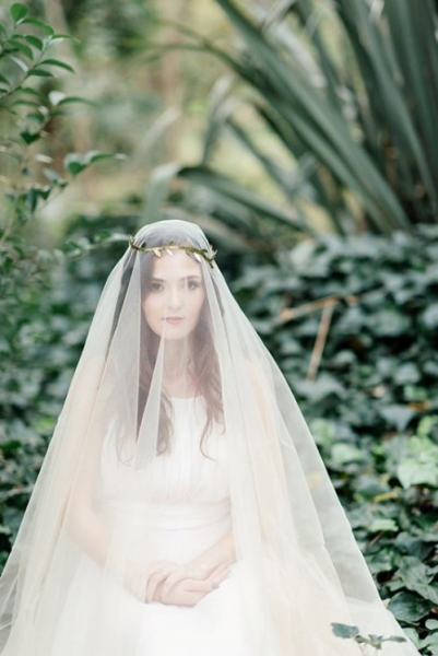 mysterious-fairytale-fall-wedding-inspiration-7-500x749.jpg