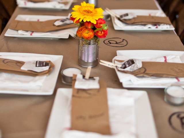 paper-table-runners-for-weddings.jpg