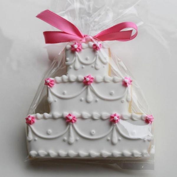 wedding_cake_cookie2.jpg
