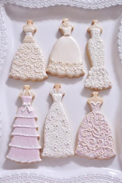 wedding_dress_cookies.jpg