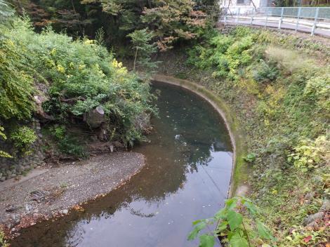 二州橋より境川下流を望む
