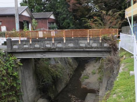 境川・吉田橋