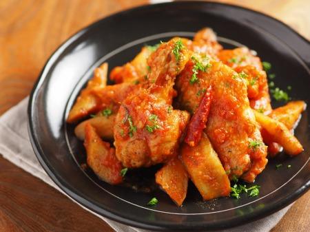 鶏とごぼうのトマト煮カチャトーt13