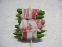 スナップエンドウの豚バラ巻きt07