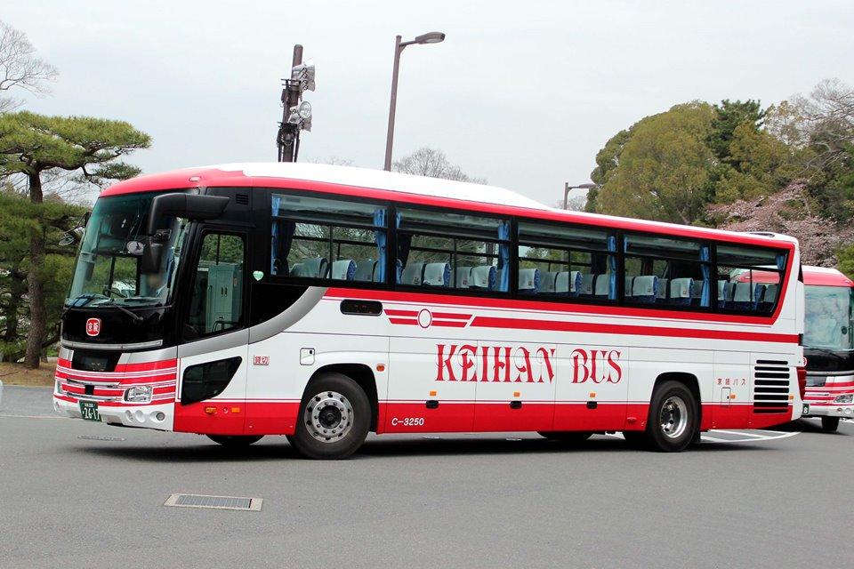 京阪バス C-3250