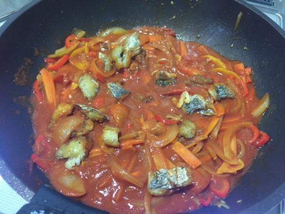 20151120009_太刀魚とトマトソース