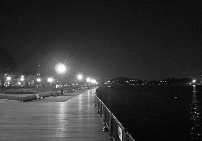 夜の横須賀2