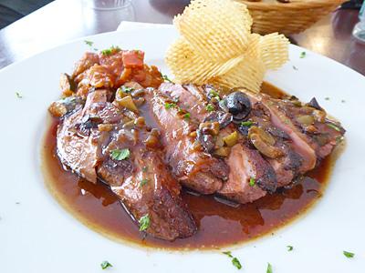 鴨の胸肉オリーブソース