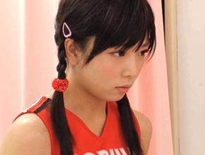 少女顔美10代小娘チアガールが休憩室で野球部員と仲直りSEX☆( 紗倉まな )