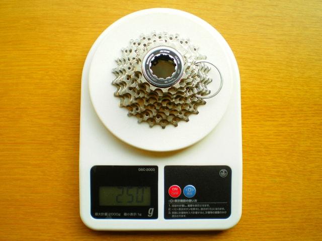 CS-5700(12-25T)の重さ