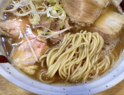 らーめん香澄 中崎町店 上とり醤油(麺のアップ)