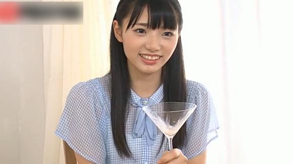 【谷田部和沙】清楚な美少女が人生初のごっくんに挑戦!精子の味はしょっぱかった!
