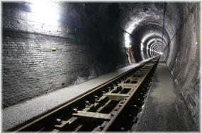 160409E 027大日影トンネル32