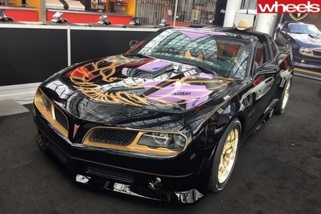 Pontiac-Trans-Am-black-front-side.jpg