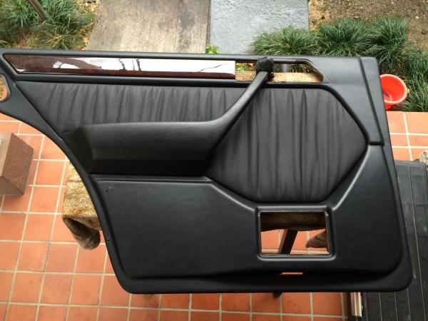 ドアトリム 破れ補修 ベンツE280 (W124)
