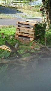 石釜の土台 まず余った廃材で仮組み20151029
