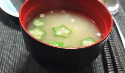 オクラ入り味噌汁