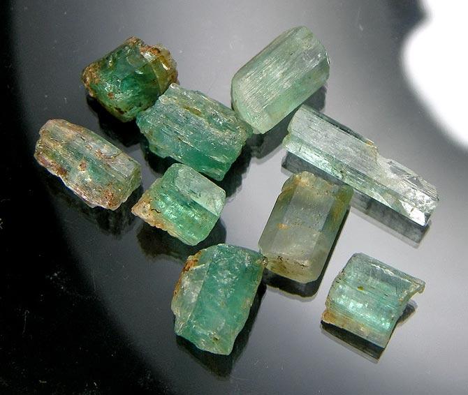 No.877 Emerald