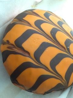ローソン ハロウィンドーナツ オレンジチョコ