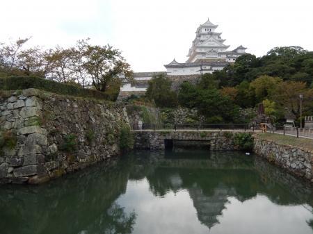 水鏡の姫路城