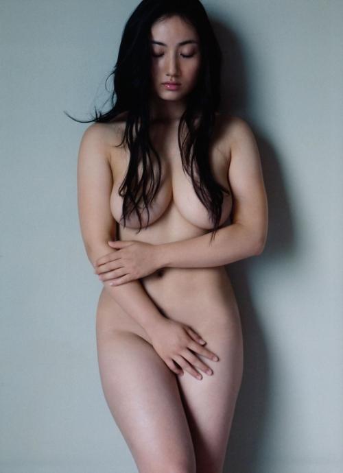 紗綾の体型エロすぎワロタwwwwwwwwwwww
