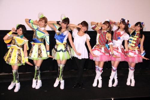 紺野あさ美アナ、キレキレの「プリパラ」ダンス披露 i☆Risも「さすが、神アイドル!」と絶賛