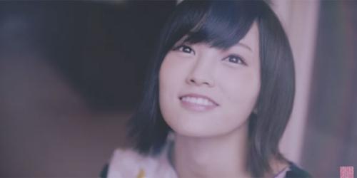 山本彩がAKB48で初センター!NHK朝ドラ『あさが来た』主題歌「365日の紙飛行機」MVが公開(動画あり)