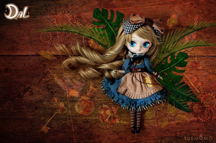 DAL_Alice_2.jpg